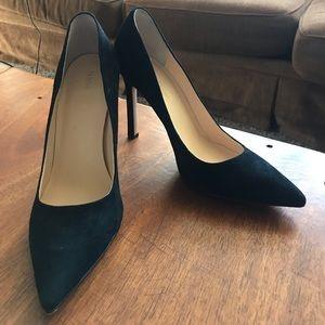 Black Ivanka Trump Heels (size 8.5)